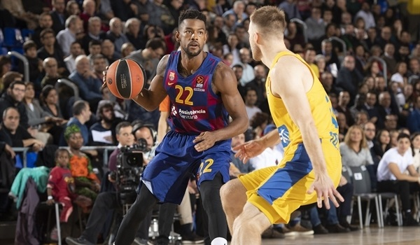 RS10 Report: Barcelona runs away late, beats Maccabi