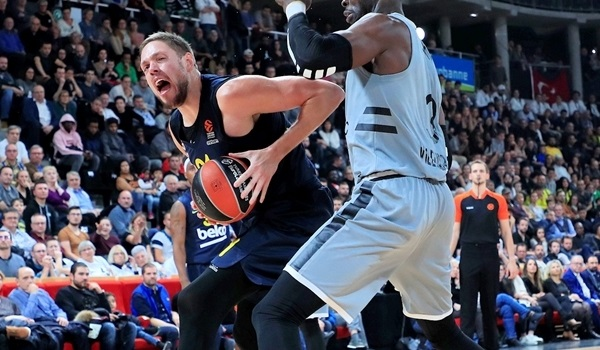Williams, Stimac answer Obradovic's call for heart