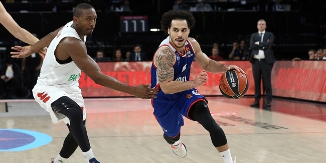 Efes's Larkin shatters EuroLeague scoring mark!