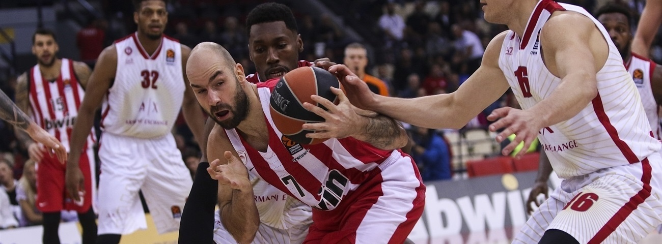 Spanoulis passes Navarro as all-time PIR leader