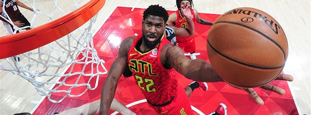Galatasaray signs Poythress in place of Moore