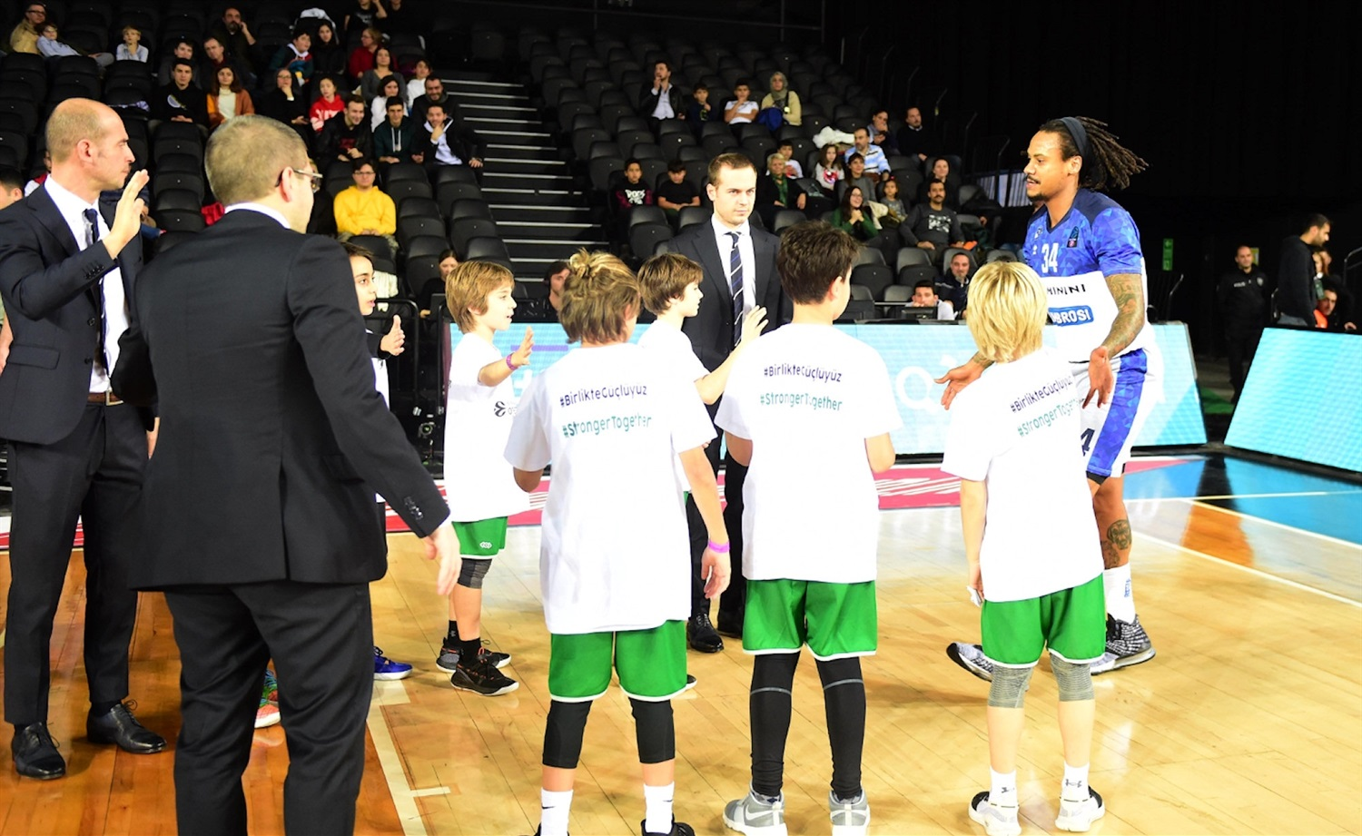 One Team Games - Darussafaka Tekfen Istanbul vs. Germani Brescia Leonessa (photo Darussafaka) - EC19