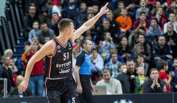 RS09 Report: Rytas hits 18 threes in routing Tofas