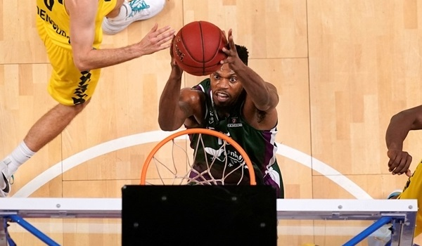 Unicaja: Elegar out up to four weeks