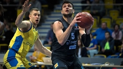 Stellar Gentile lifts Trento to survival win
