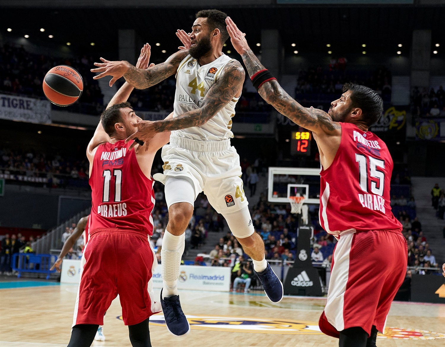 Jeffery Taylor - Real Madrid - EB19