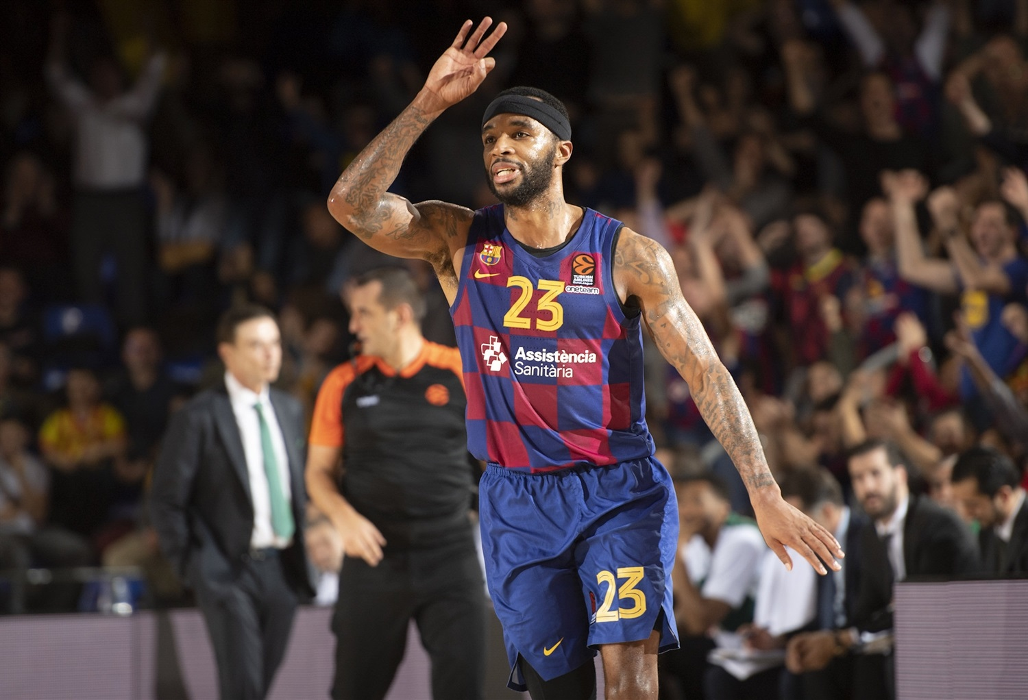 Malcolm Delaney celebrates - FC Barcelona - EB19