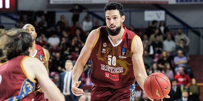 Reyer finds unusual contribution from unusual players