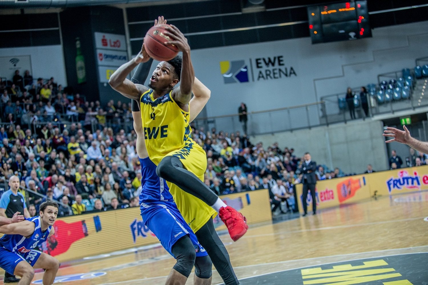 Gerry Blakes - EWE Baskets Oldenburg (photo Erik Hillmer) - EC19