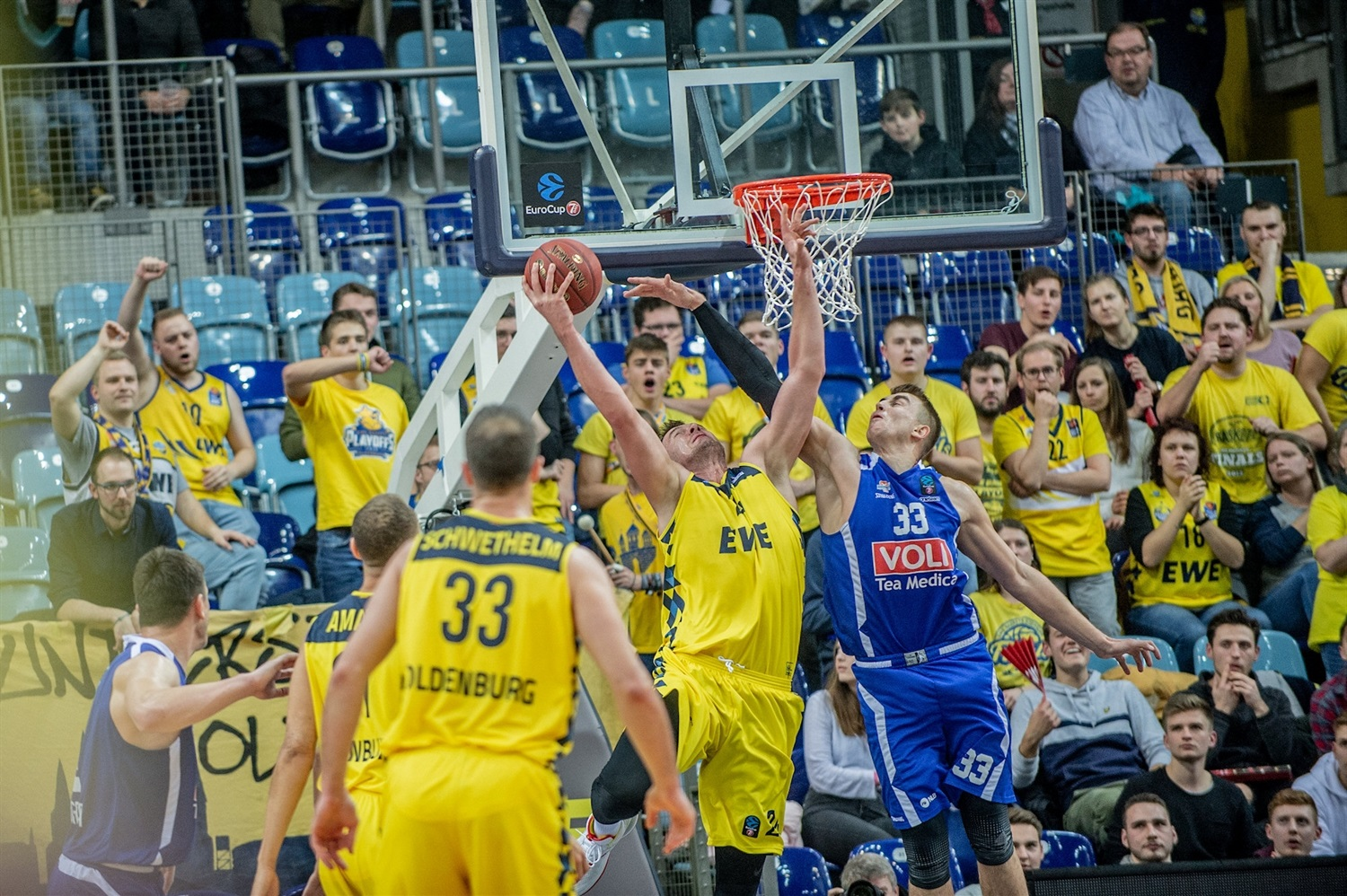 Rasid Mahalbasic - EWE Baskets Oldenburg (photo Erik Hillmer) - EC19