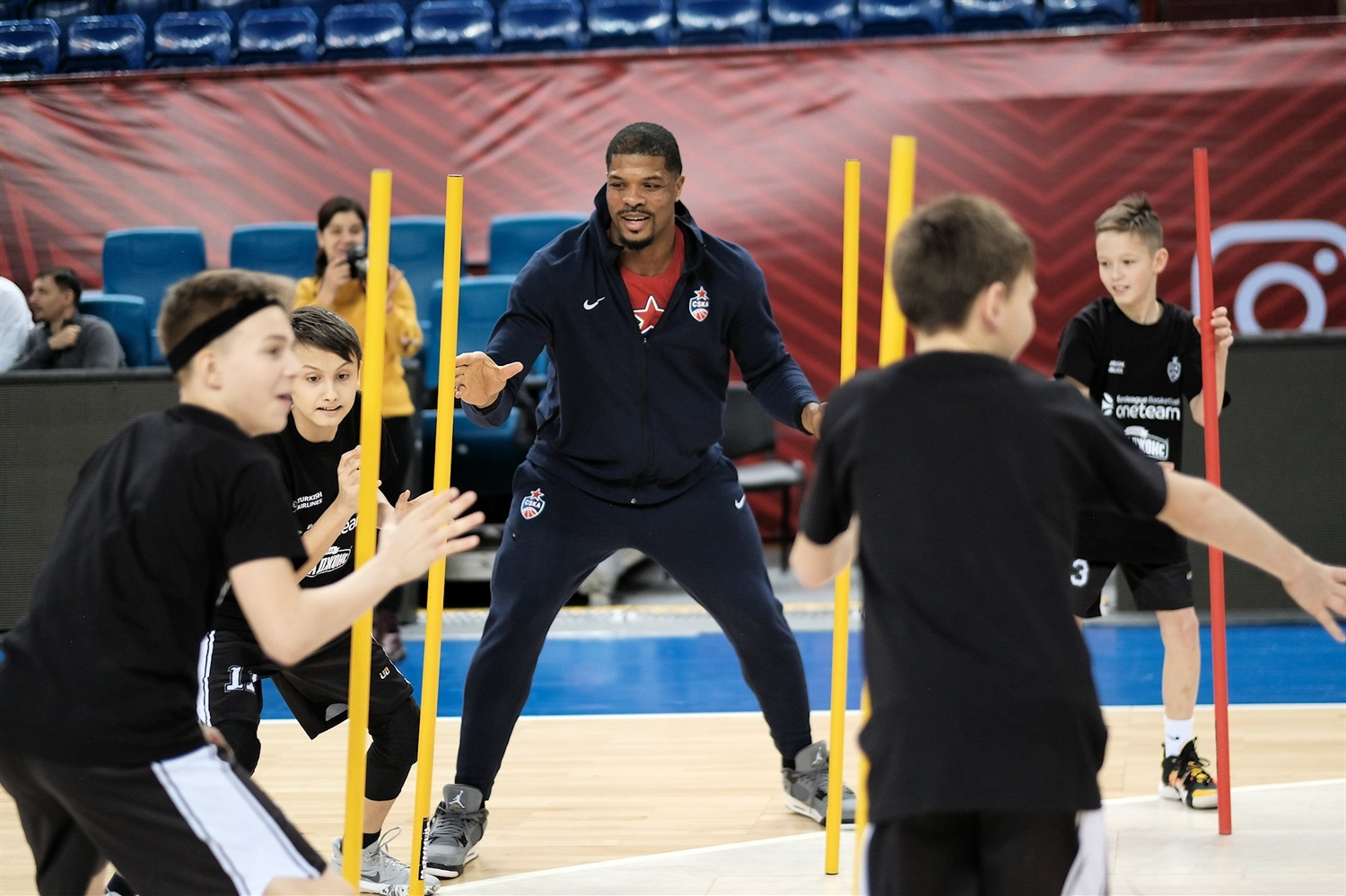 Kyle Hines, One team session in Kaliningrad - CSKA Moscow - JT19