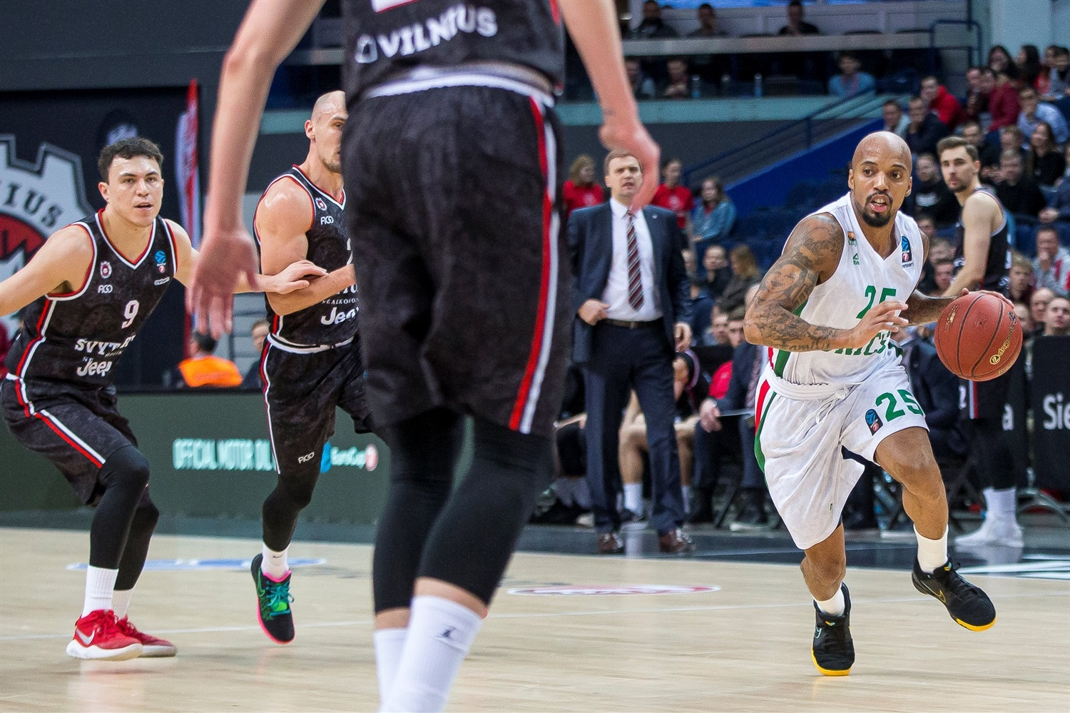 Jordan Theodore - UNICS Kazan (photo Rytas) - EC19