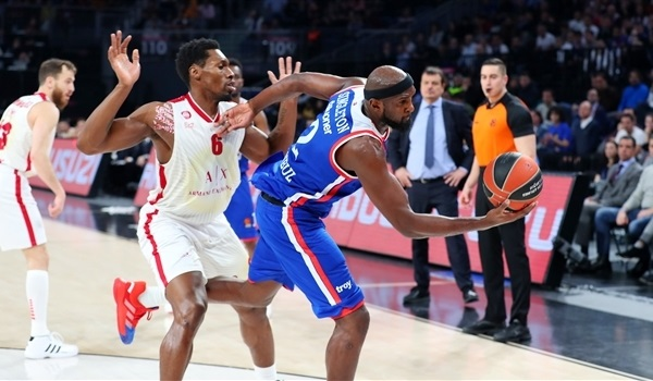 RS19 Report: Efes rolls past Milan for 16th win