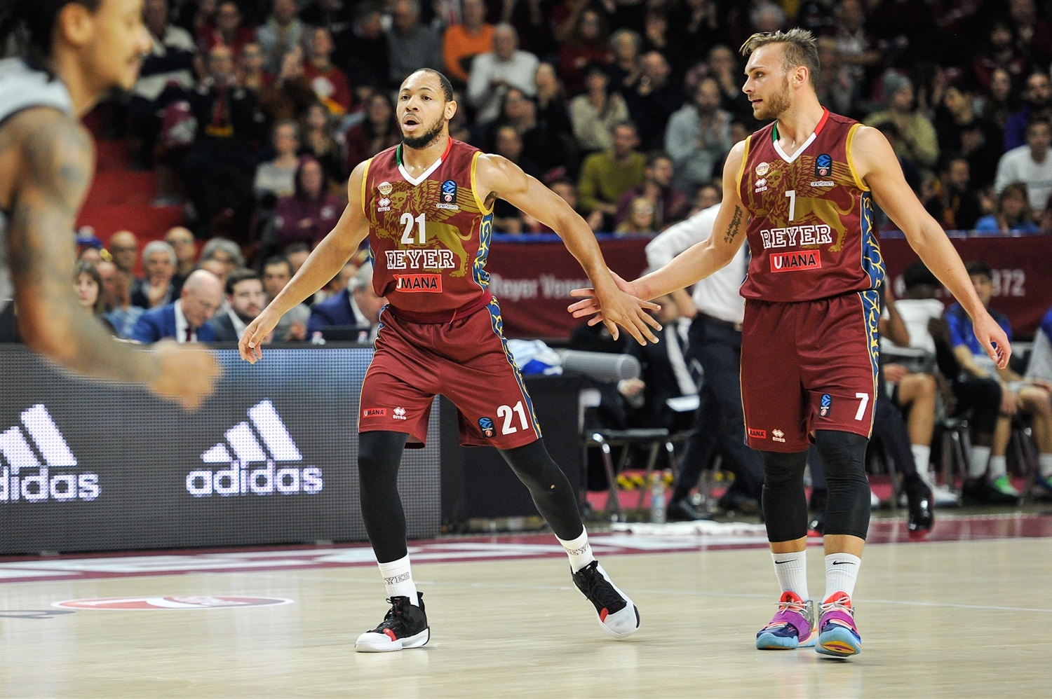 Jeremy Chappell celebrates - Umana Reyer Venice (photo Reyer) - EC19