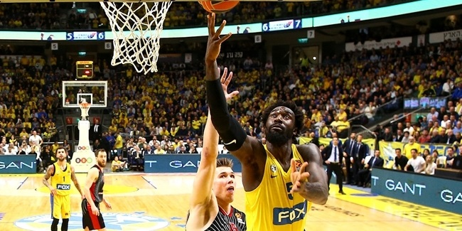 Maccabi, Hunter together until 2021