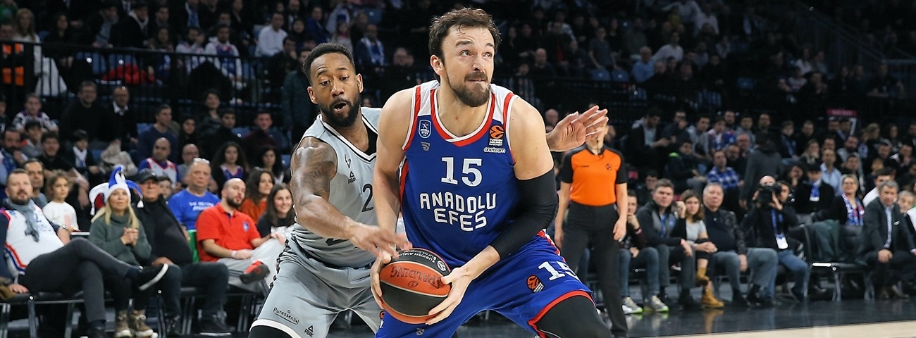 Efes keeps Sanli for at least another season