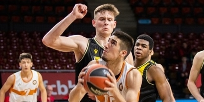 Promitheas outfits talent Kouroupakis with first pro contract
