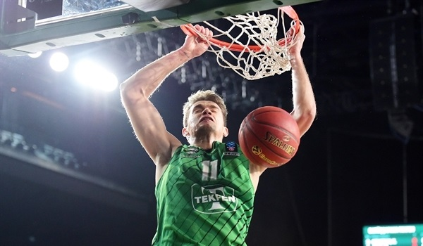 T16 Round 3 Report: Darussafaka hands Partizan first loss