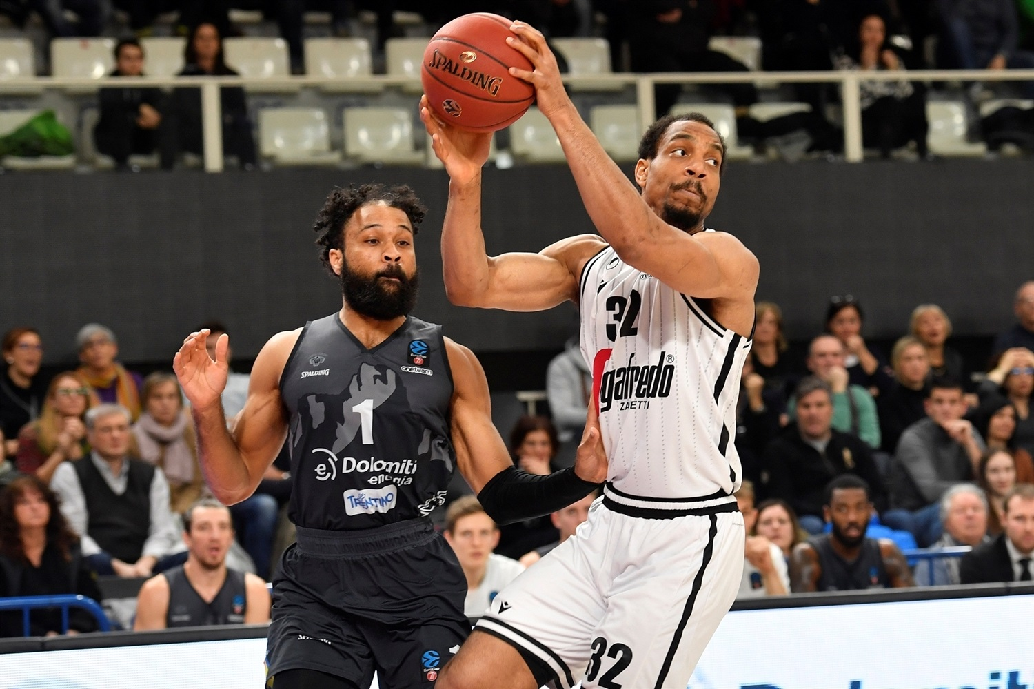 Vince Hunter - Segafredo Virtus Bologna (photo Trento) - EC19