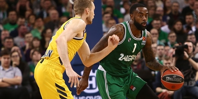 Zenit adds shooting ace Rivers