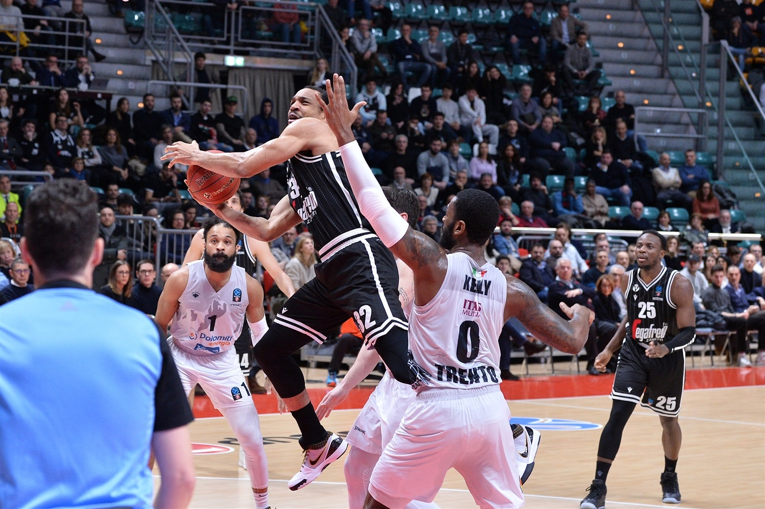Vince Hunter - Segafredo Virtus Bologna (photo Virtus) - EC19
