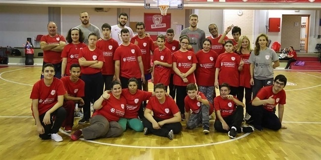 Olympiacos stars savor 'beautiful and pure moments'