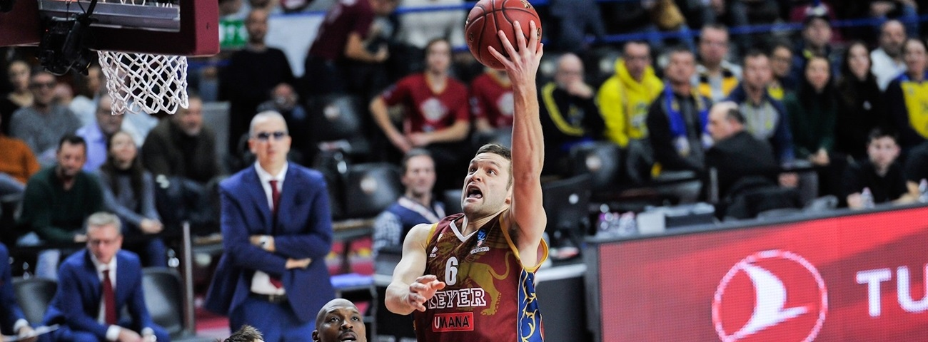 Reyer re-signs team captain Bramos