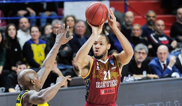 T16 Round 5 Report: Reyer stays alive, holds off Oldenburg