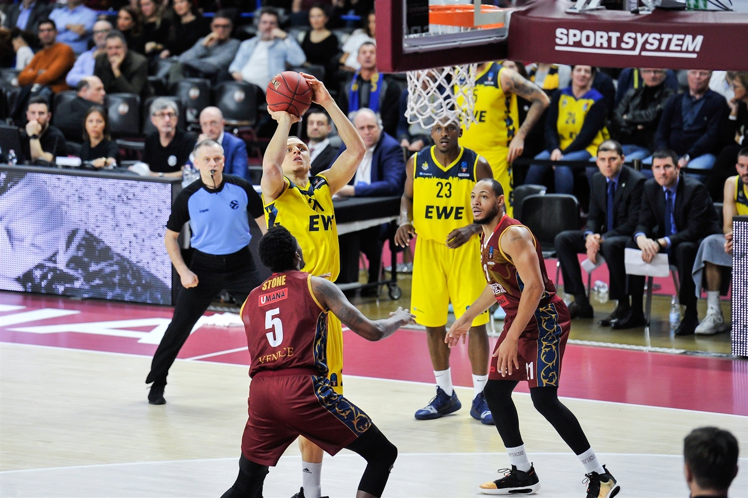 Robin Amaize - EWE Baskets Oldenburg (photo Alessandro Scarpa - Reyer) - EC19