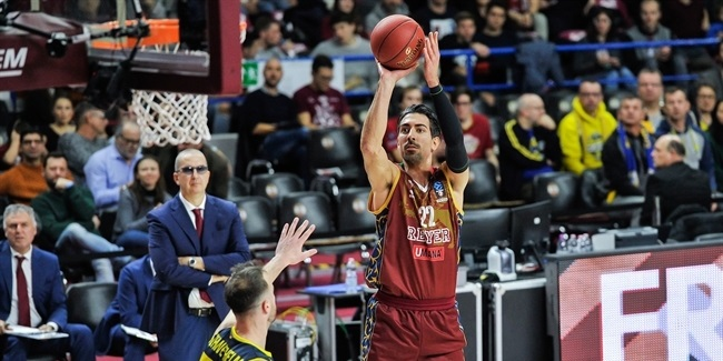 Reyer re-signs veteran forward Mazzola
