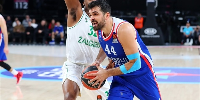 Efes, Simon agree on new deal