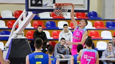 Mega carries early lead to win over Maccabi, third place