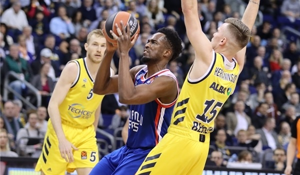 Efes re-signs shooting guard Beaubois