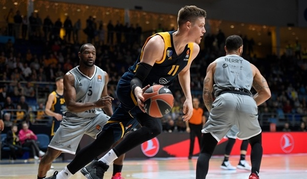 RS26 Report: Shved stars as Khimki thrashes ASVEL