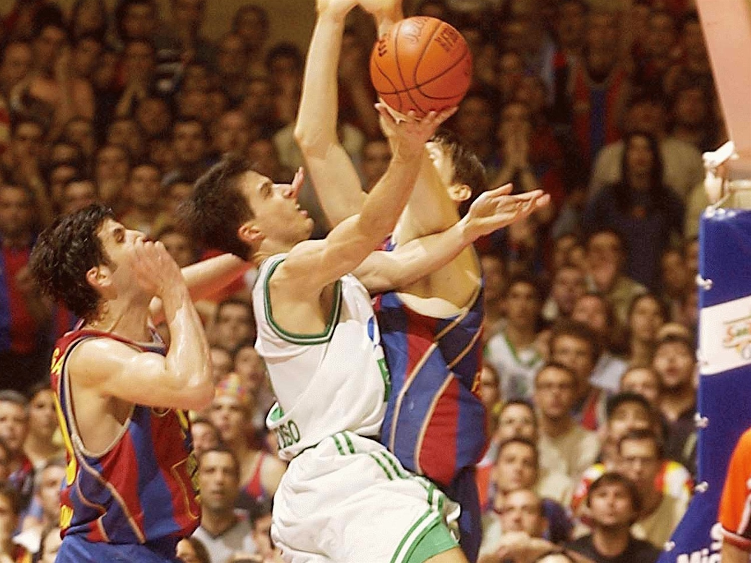 Massimo Bulleri - Benetton Basket - Final Four Barcelona 2003 - EB02