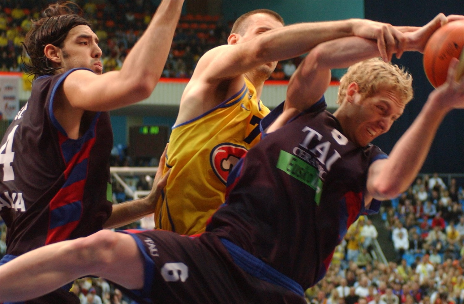 Travis Hansen - Tau Ceramica - Final Four Moscow 2005 - EB04