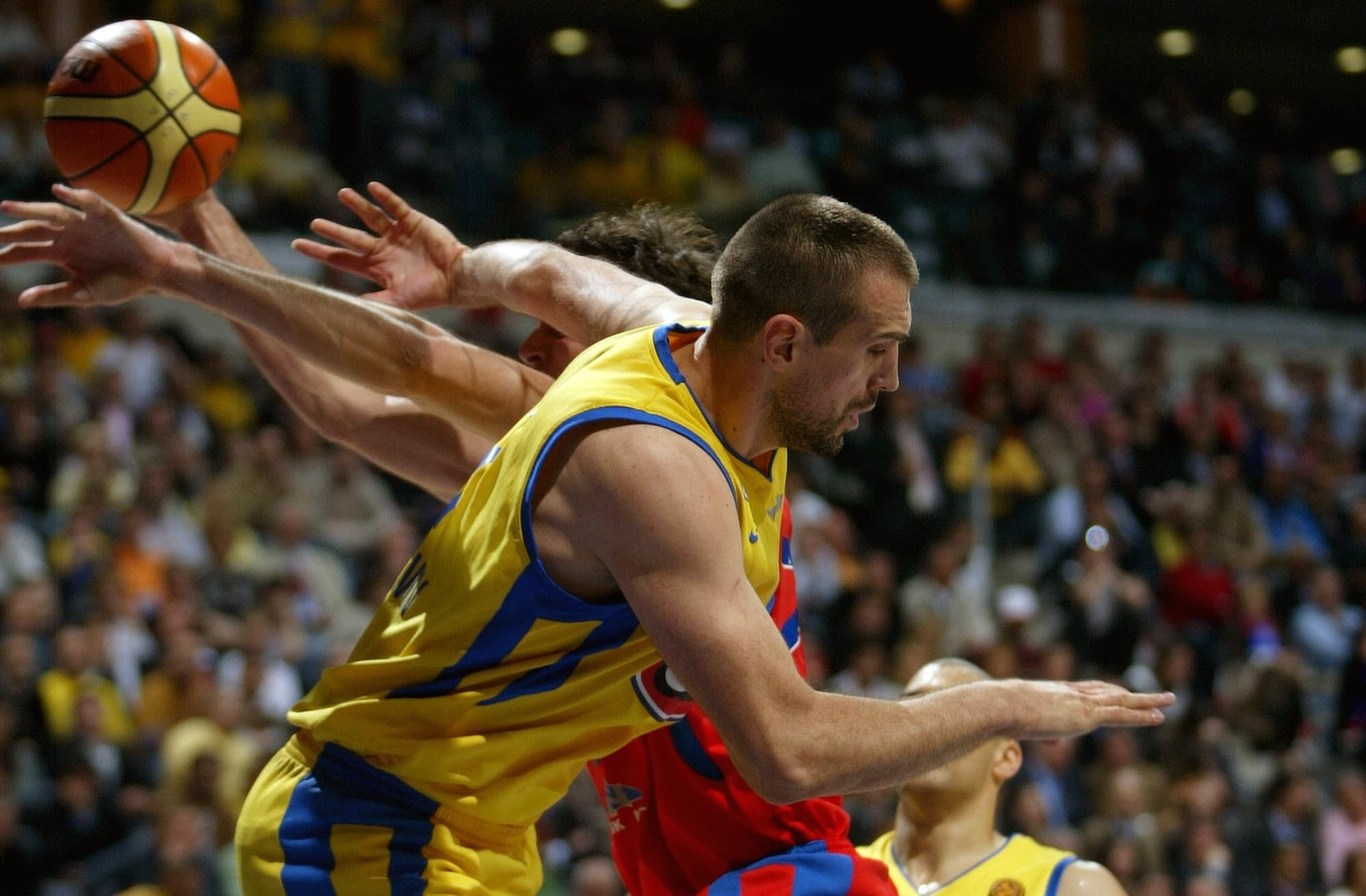 Nikola Vujcic - Maccabi Elite - Final Four Prague 2006 - EB19