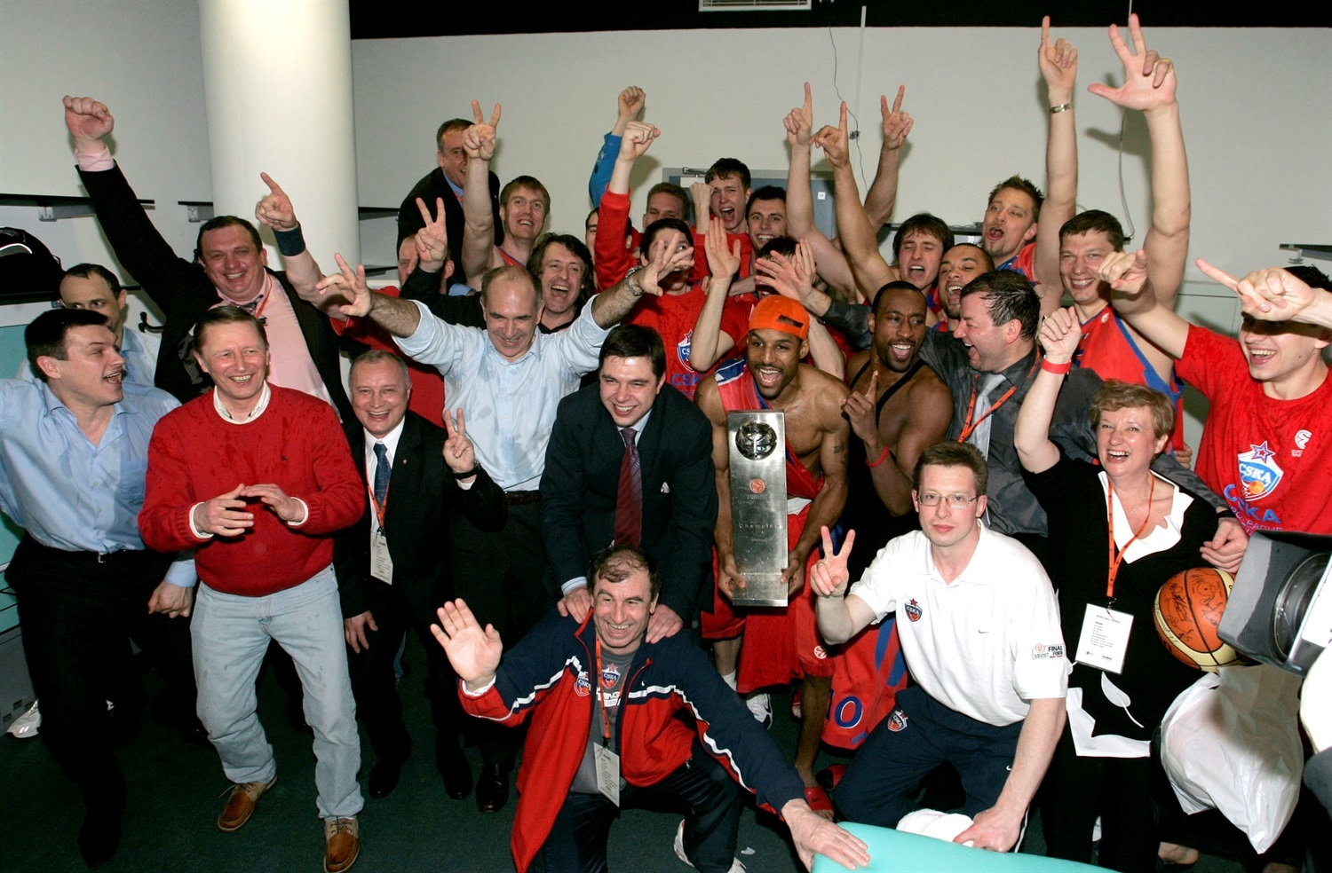 CSKA Moscow champ Final Four Prague 2006 - EB05