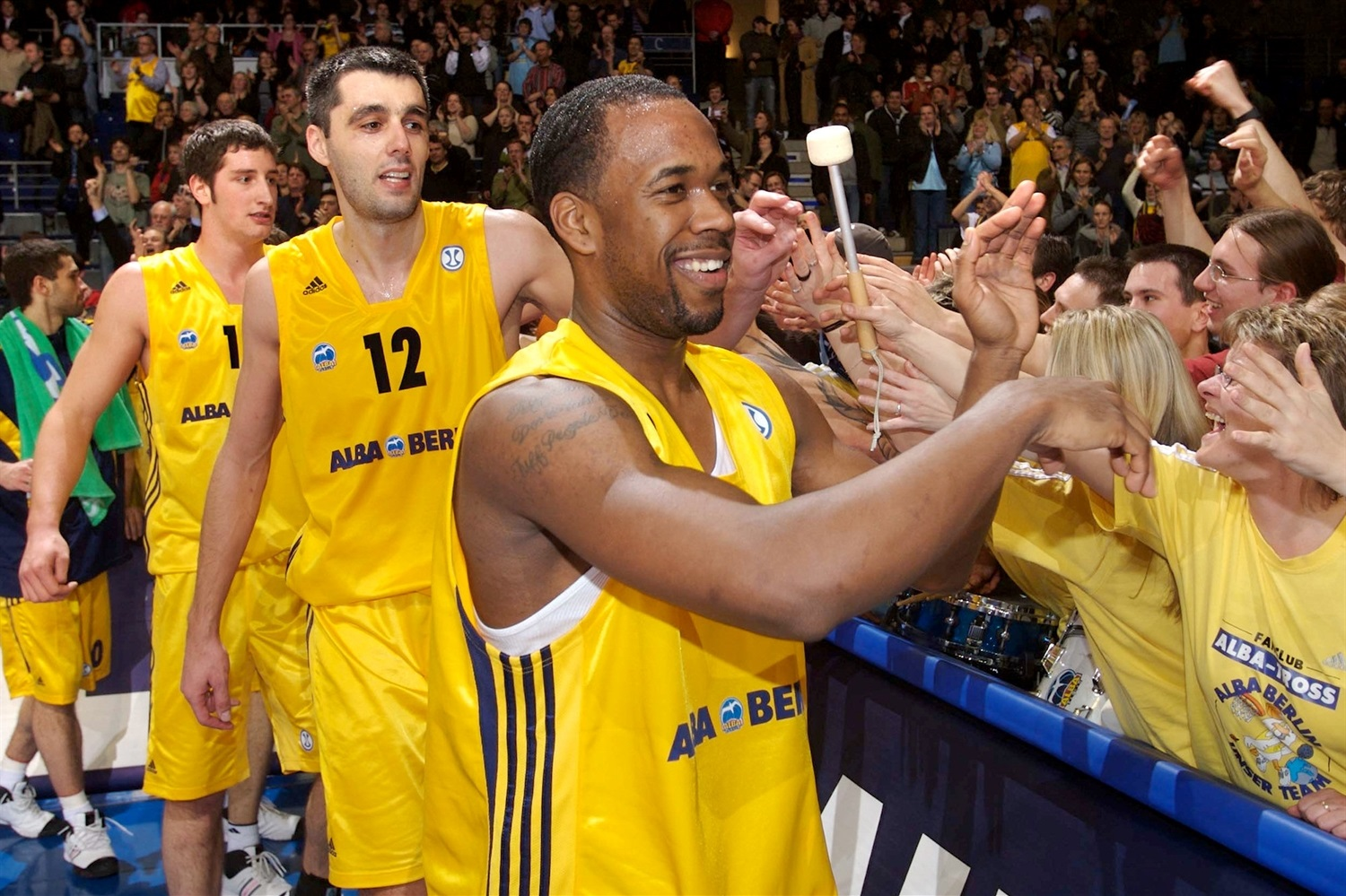 ALBA Berlin celebrates  (photo Tilo Wiedensohler - ALBA) - EC07