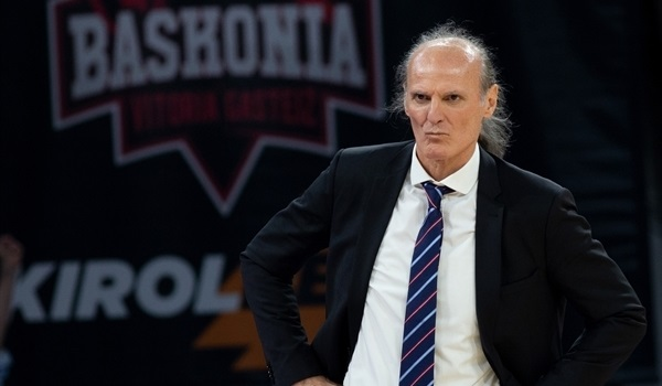 Baskonia keeps Coach Ivanovic