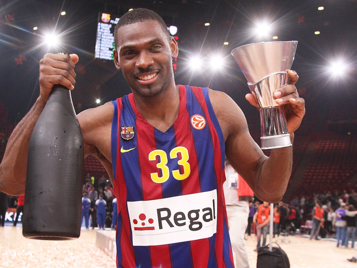 Pete Mickeal - Regal FC Barcelona Champ Euroleague 2010 - Final Four Paris 2010 - EB09
