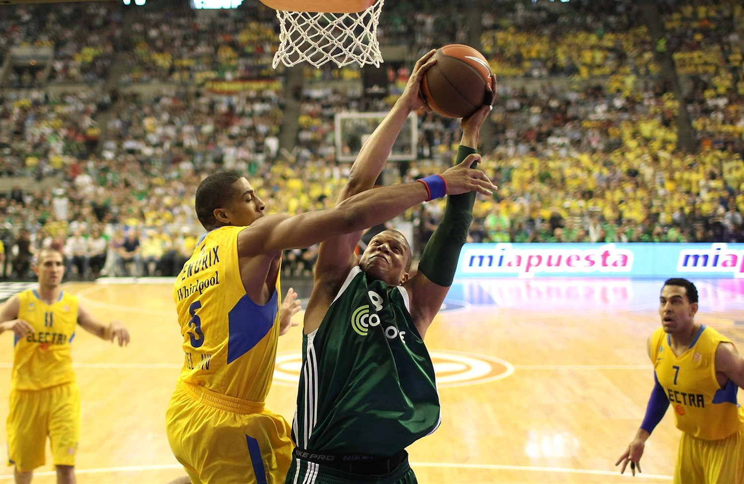 Mike Batiste - Panathinaikos Athens - Final Four Barcelona 2011 - EB10