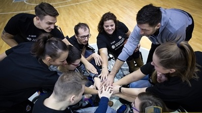 Arka supporting wheelchair users with One Team