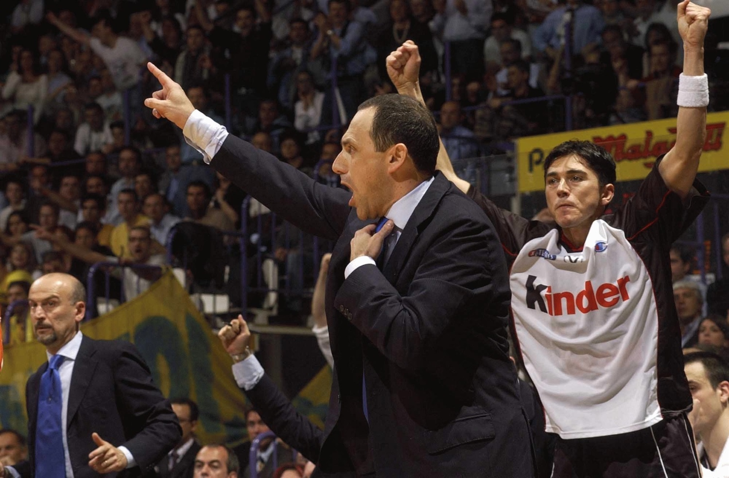 Ettore Messina - Kinder Virtus Bologna - Final Four Bologna 2002 - EB01