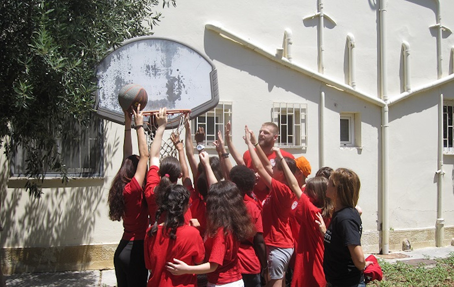 One Team Charalampoulos