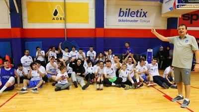 Efes and One Team boosting confidence and integration