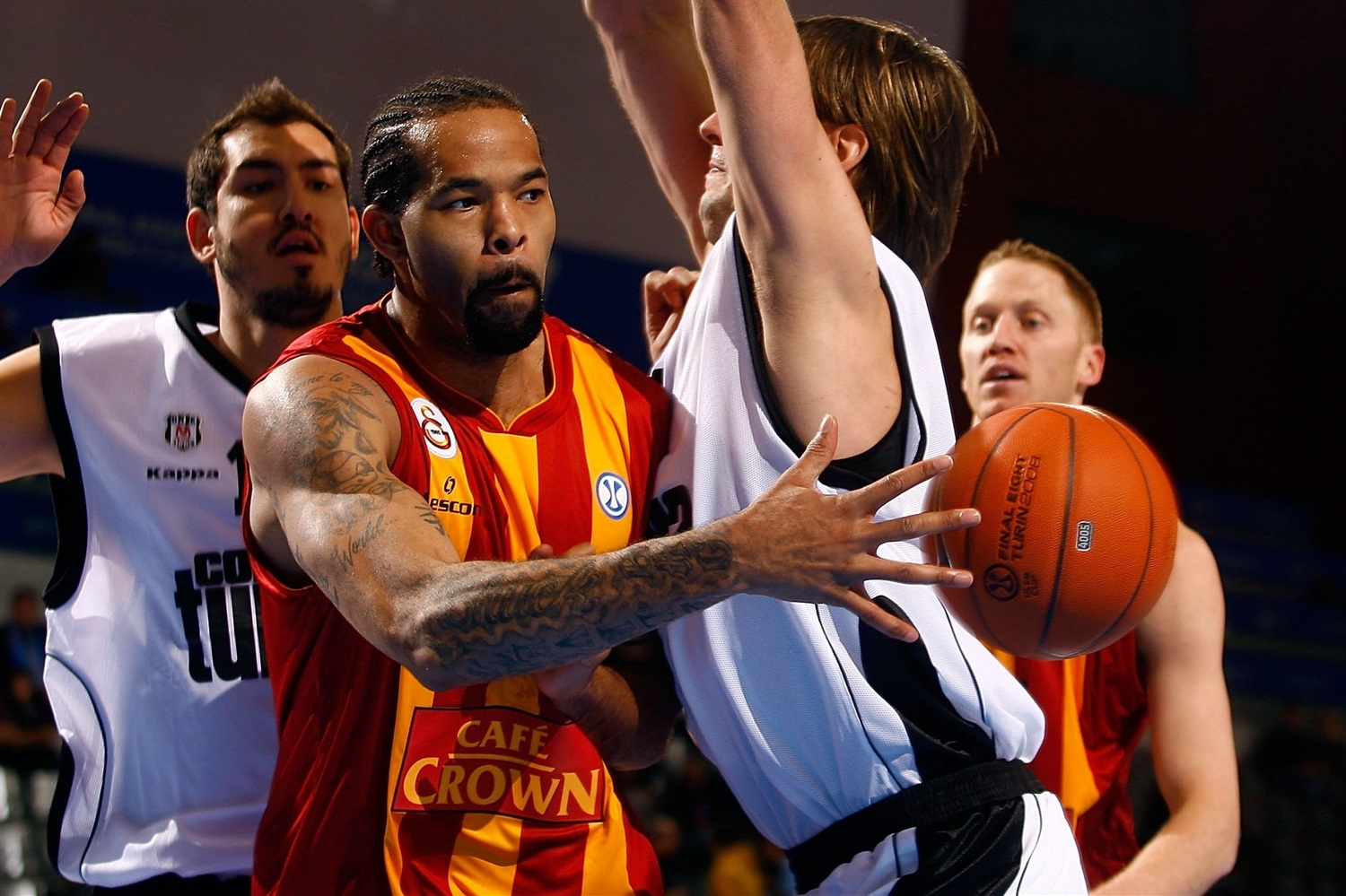 Charles Gaines - Galatasaray Cafe Crown - Final Eight Turin 2008 - EC07