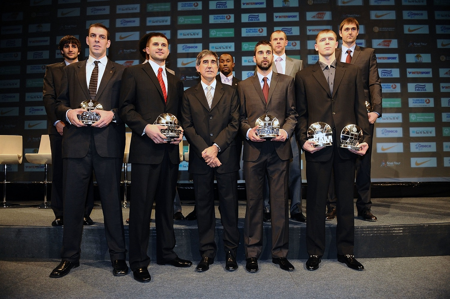 All Euroleague Team 2009-10 - Awards Ceremony at Hotel de Ville - Final Four Paris 2010