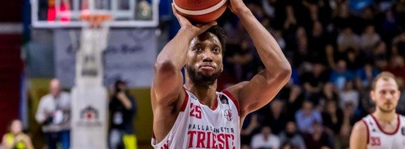 Mitchell becomes Rishon's latest arrival