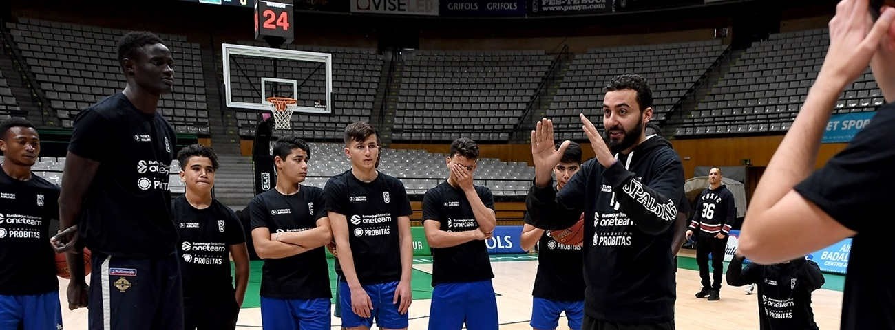 Joventut uses youth expertise to help immigrants